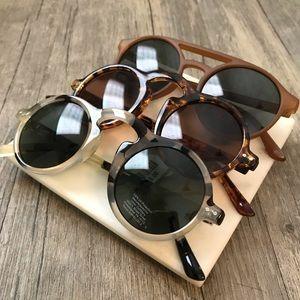Set of 3 Pairs of Sunglasses